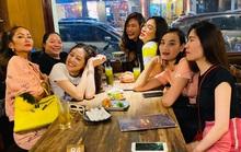 Hoa hậu H'hen Niê đọ dáng cùng hội bạn thân