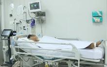 Bác sĩ Chợ Rẫy nói về bệnh nhân ngộ độc pate Minh Chay thở máy tính bằng tháng