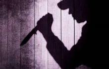 Đâm chết mẹ và trọng thương 2 con riêng người tình rồi tự sát