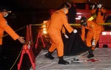 Máy bay Indonesia rơi xuống biển như tia chớp, tạo sóng cao 2 m