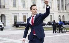 Thượng nghị sĩ Mỹ bất ngờ thành kẻ thù quốc dân