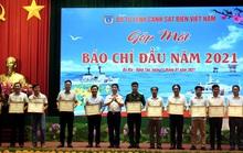 Báo Người Lao Động nhận bằng khen của Bộ Tư lệnh Cảnh sát biển Việt Nam