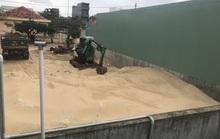 Khốn đốn vì điểm tập kết cát trong khu dân cư