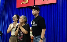 Sau lễ Mai Vàng, NSƯT Lê Thiện ra miền Trung giúp đồng bào khắc phục thiên tai