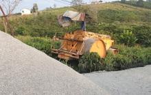 Xe ben kéo xe lu bị đứt cáp làm 1 người tử vong