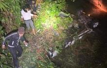 Xe đầu kéo va chạm xe tải, 6 người bị thương