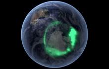 Thứ bí ẩn ở cực Bắc của Trái Đất đang ngấu nghiến vật chất Mặt Trời