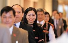 Các nữ đại biểu tham dự Đại hội XIII của Đảng