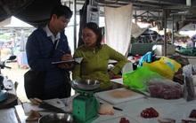 Vỡ hụi tiền tỉ, tiểu thương chợ Vườn Lài ngất xỉu