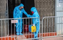 Ca bệnh Covid-19 siêu lây nhiễm lây bệnh cho 12 người khai quanh co, gây khó để xác định F1
