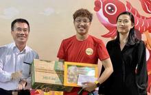 Tác phẩm về cậu bé đạp xe 150 km đi thử việc được trao  giải thưởng của Hội Nhà báo TP HCM