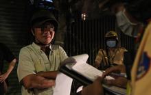 """Người đàn ông ở TP HCM có nhiều """"lời lẽ kỳ lạ"""" với CSGT"""