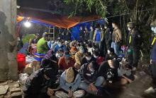 """Khởi tố 32 đối tượng tham gia ổ cờ bạc """"khủng"""" tại Bình Định"""