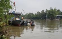 Lật ca nô tuần tra, 1 cán bộ CSGT đường thủy mất tích