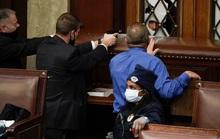Làm sao những kẻ bạo loạn xông được vào quốc hội Mỹ?