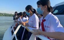 Phòng, chống dịch Covid-19: Giáo viên, học sinh phải đeo khẩu trang ngoài lớp học