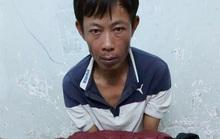 Nuốt túi nilon chứa ma túy khi thấy công an