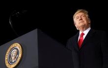 Ông Trump tìm được 2 luật sư lấp chỗ trống