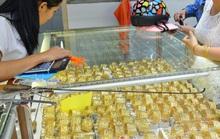 Giá vàng hôm nay 1-2: Vàng SJC tăng mạnh, USD tiếp tục giảm