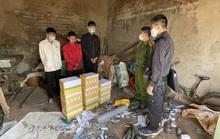 Bắt quả tang nhóm thanh niên, học sinh sản xuất pháo để bán