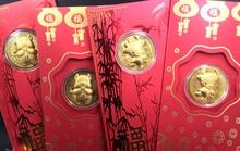 Trâu vàng, Thần tài Trung Quốc tràn sang chợ Việt giá 10.000 đồng