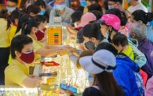 Chuyện lạ trên thị trường vàng ngày vía Thần Tài ở TP HCM