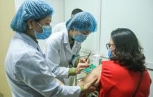 CLIP: Nhiều người tình nguyện đăng ký tiêm thử nghiệm vắc-xin Covid-19 ở độ tuổi 60 - 70