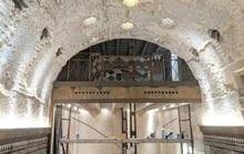 Sửa quán bar, phát hiện kho báu tráng lệ 800 năm tuổi