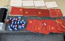 Hàng ngàn văn bằng giả được gửi qua bưu điện