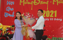 Nữ quản đốc nhường giải thưởng đặc biệt cho công nhân!