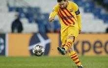 Messi sút hỏng phạt đền, Barcelona dừng bước sớm ở Champions League