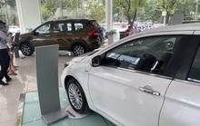 Tiêu thụ ôtô giảm 2 tháng liên tiếp