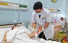 VIDEO: Bệnh viện 175 mổ khẩn cấp, nối 2 bàn tay bị cắt đứt lìa của hai thanh niên