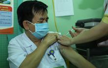 KHÁNH HÒA: Chi 100 tỉ đồng mua 2 triệu liều vắc-xin ngừa Covid-19 cho người dân