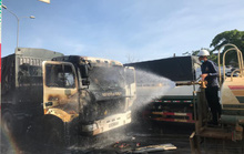 Quảng Nam: Xe tải đang chạy bỗng bốc cháy dữ dội