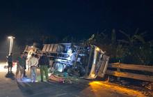 Xe tải tông xe cẩu trên đèo Lò Xo, 2 người thương vong