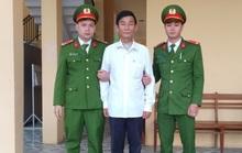 Bắt 2 đối tượng làm huân, huy chương, bằng khen giả ở Quảng Bình
