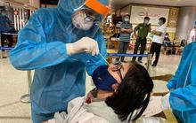 TP HCM đề xuất đưa nhóm nhân viên làm việc tại sân bay vào đối tượng tiêm vắc xin Covid-19 đợt đầu