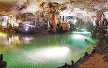 Những hang động kỳ vĩ ở Hòa Bình
