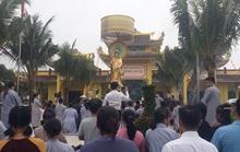 Dân địa phương kể chuyện khám, trị bệnh của ông Võ Hoàng Yên ở chùa