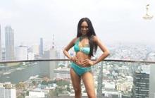 Người đẹp Myanmar lộ ngực khi thi trình diễn áo tắm