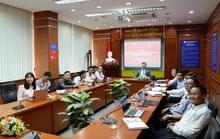 Trường ĐH Ngân hàng TP HCM chuyển giao bản quyền 3 chương trình đào tạo sang Lào
