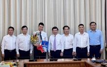Chủ tịch UBND TP HCM  trao quyết định điều động, bổ nhiệm 3 nhân sự lãnh đạo