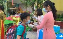 Học sinh trở lại trường, TP HCM thu học phí thế nào?