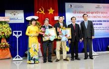 Trao giấy chứng nhận kiểm định giáo dục cho Trường Đại học Phạm Văn Đồng