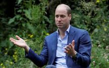 """Hoàng tử William ngầm chỉ trích """"những bộ óc vĩ đại nhất của thế giới"""""""