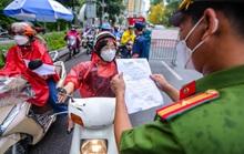 Báo cáo tại Quốc hội nhắc việc Hà Nội liên tục thay đổi cơ chế cấp giấy đi đường