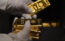 """Giá vàng sẽ """"bùng nổ"""" theo giá dầu?"""