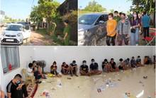 Hơn 50 cảnh sát đột kích sới bạc trong trại gà