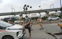 Đội CSGT Rạch Chiếc tạm giữ ôtô của  YouTuber chuyên giám sát CSGT làm việc